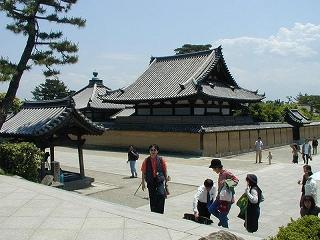 Horyuji_Entrance[2].jpg