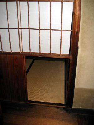 нидзиригути вход в чайную комнату